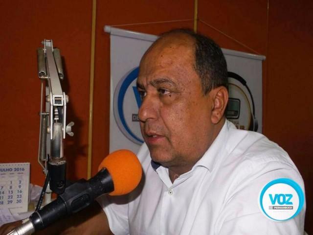 Assista a entrevista do Candidato reeleição em Carpina Carlinhos do Moinho no programa Ponto a Ponto