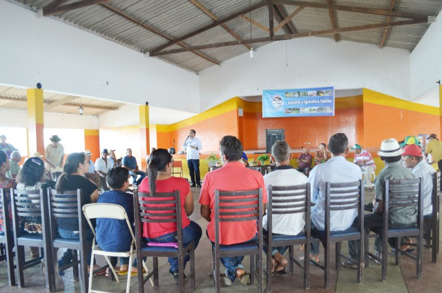 Comemoração do Dia do Agricultor reúne produtores em Timbaúba