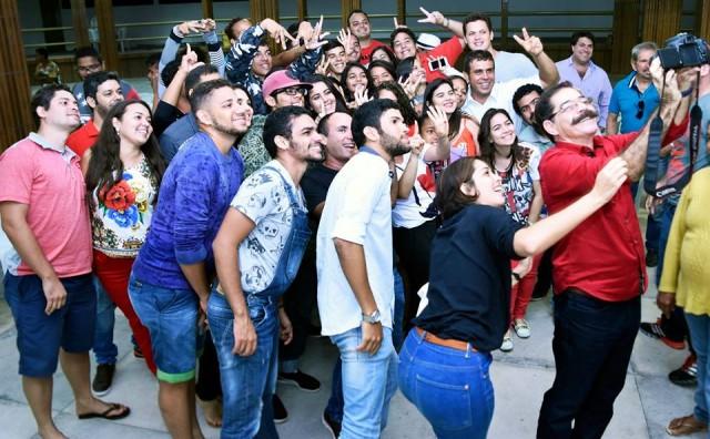 Joaquim Lapa participa de debate com jovens em Carpina