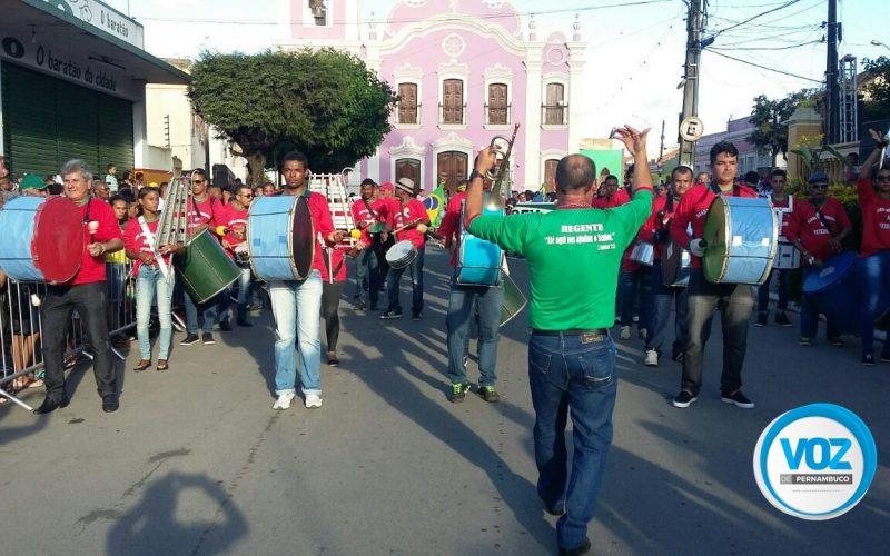 Nazaré da Mata e Paudalho festejam dia 7 de Setembro com desfile cívico
