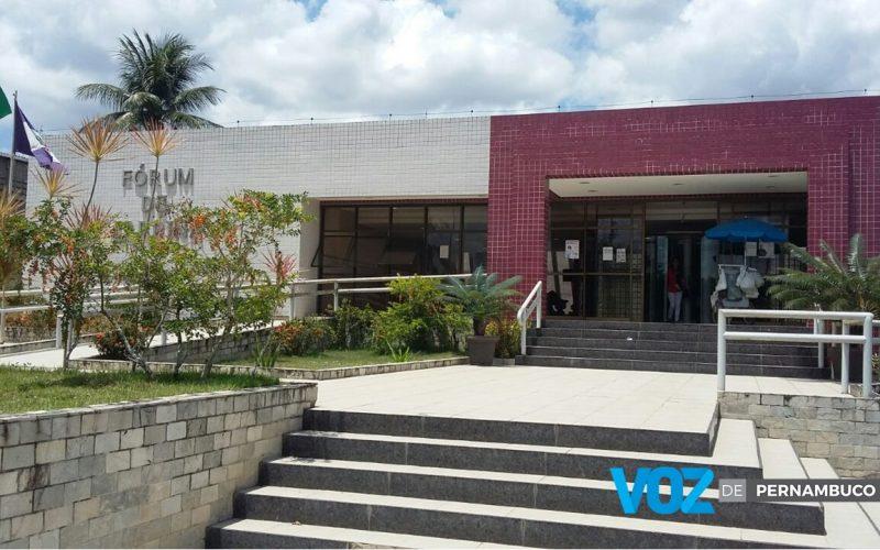 Réu é condenado à prisão por fornecer arma usada em homicídio em Carpina