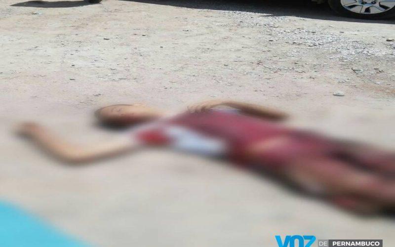 Jovem foi assassinado na manhã desta segunda (14) em Paudalho